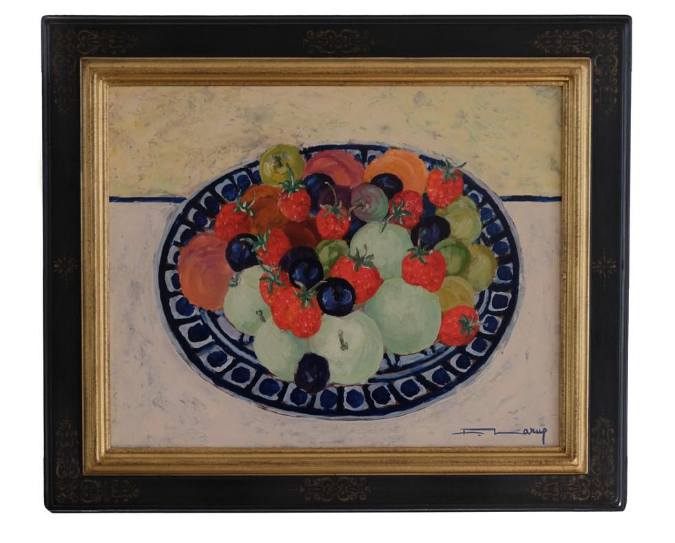 """Fernand Larue (Frans, 1916-1999)  """"Plat de Fruits"""" Olieverf op masonit paneel, formaat 33 x 41 cm.  Overhoeks verwerkte antieke lijst.  Prijs: 495 Euro"""