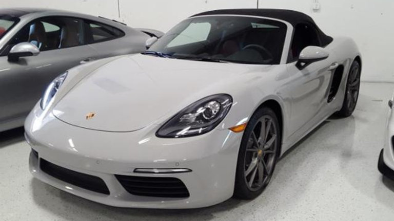 2018 Porsche 718 BOXSTER BASE GRY/RED