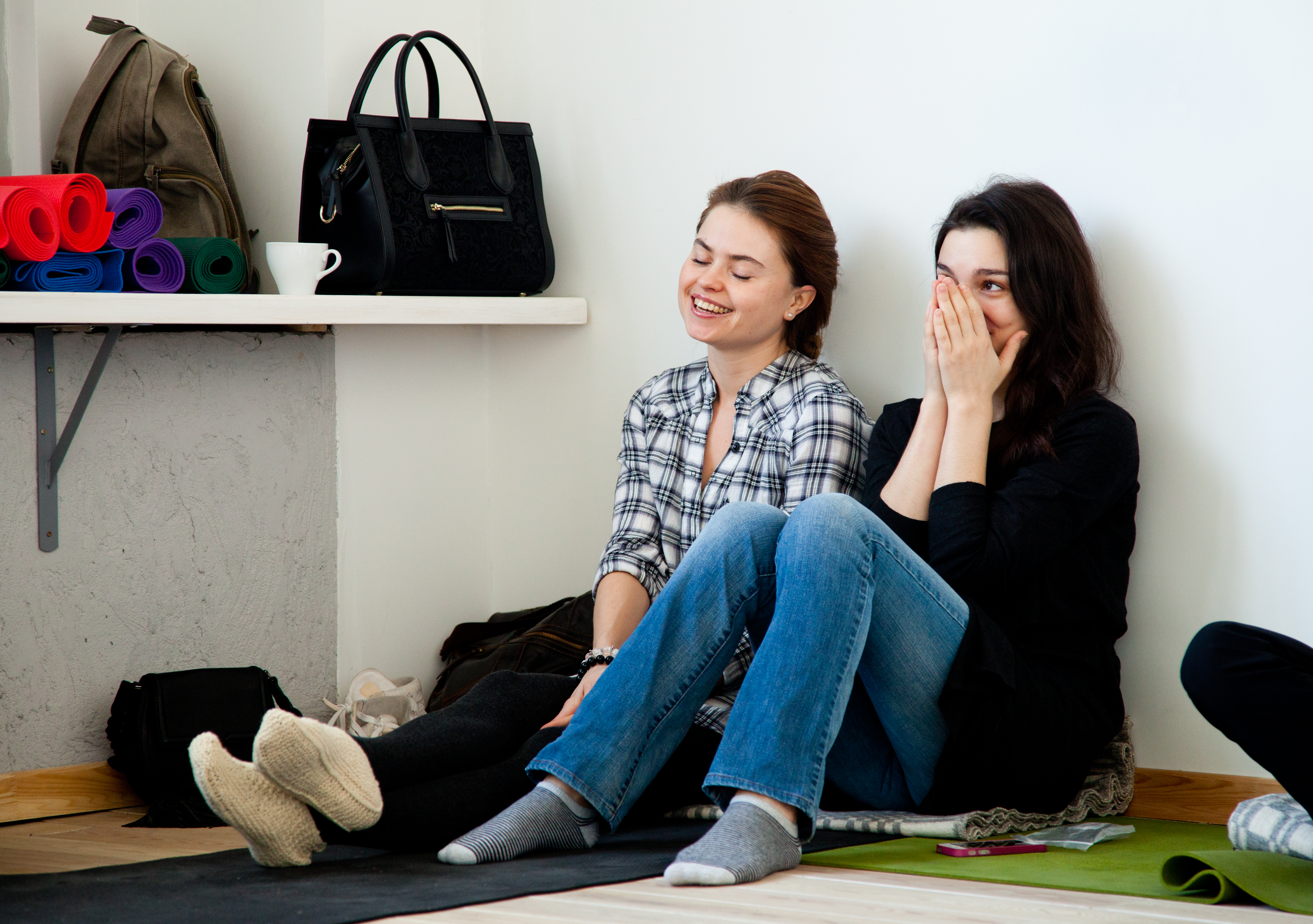 Диана Денисова и Мария Гурова, йога