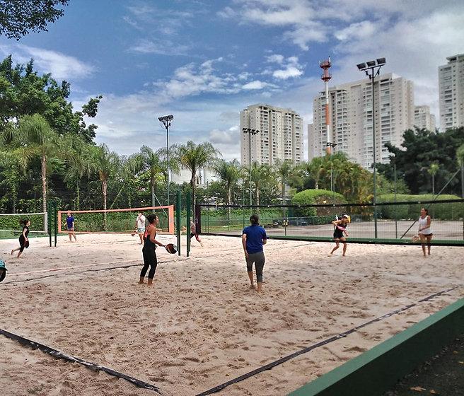 Aulas de Beach Tennis.jpeg