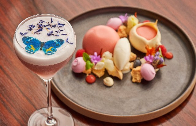 Aqua Shard celebrated the RHS Chelsea Flower Show with Elegant Cocktail & Dessert