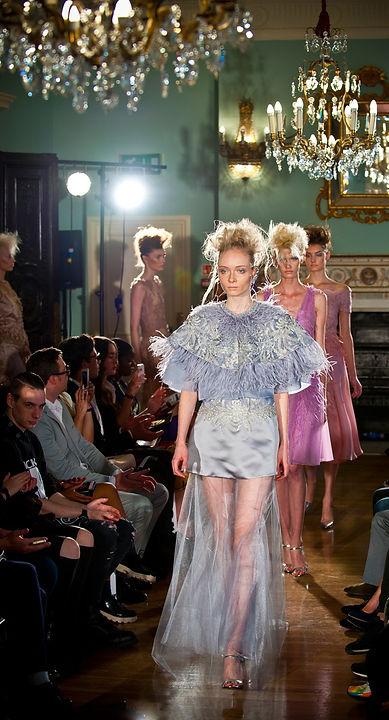 #catwalk #runway #designer #londonfashionweek #fashionphotographer #shanefinnphotography #londonphotographer