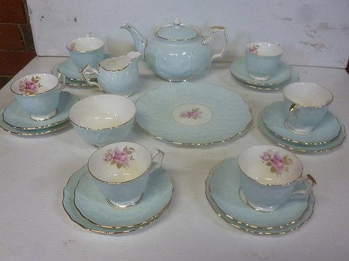 Aynsley bone china 22 piece tea set