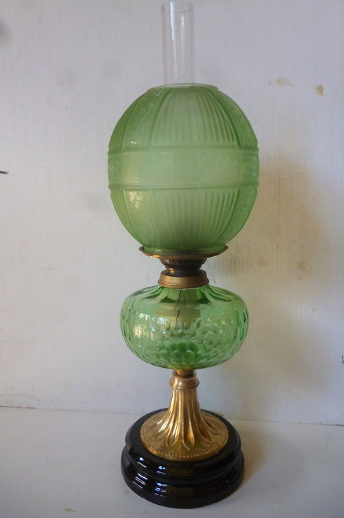 Reproduction banquet oil lamp green
