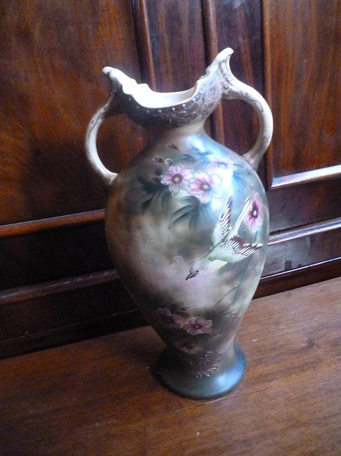 Edwardian Japanese handpainted ceramic  vase