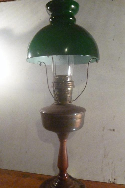 Original Aladdin USA table lamp wooden base