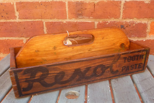 Old cutlery box made of Rexol Toothpaste box