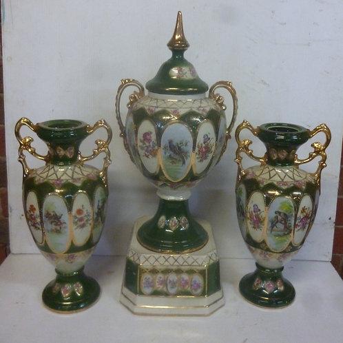 Late 19th century English ceramic Garniture set