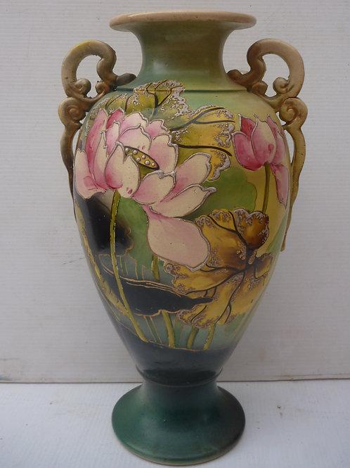 Edwardian Japanese handpainted pottery vase