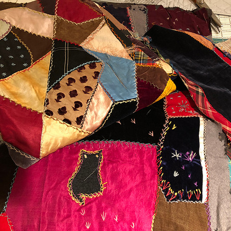 Crazy Quilt Tree Skirt
