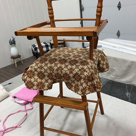 Doll High Chair Makeover