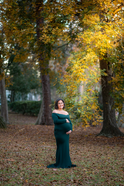 Maternity Photography by Timeless Moment