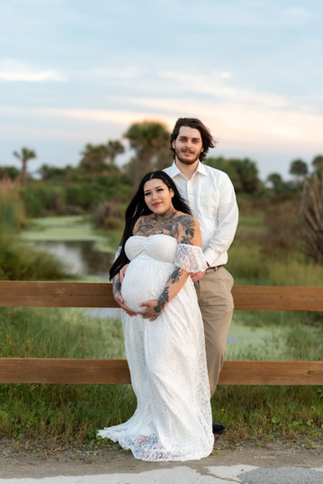 Maternity and couples photography in loc