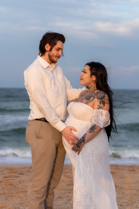 Maternity and couples photography on bea