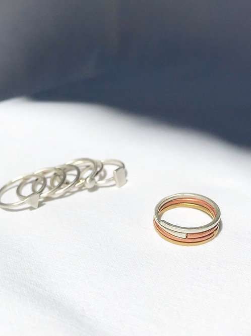 THREE PLAIN EXIS RINGS