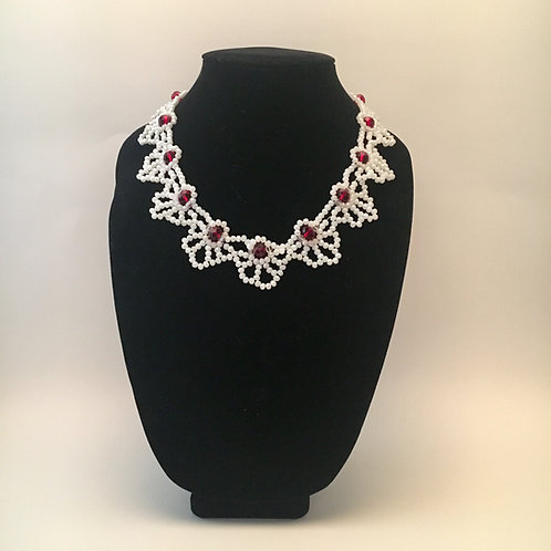 Red/White Neckline Necklace