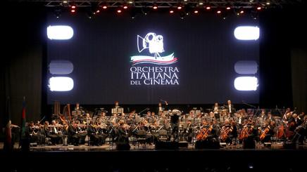 orchestra-7-2de4f15d.jpeg