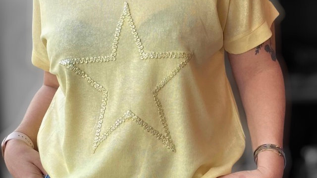 T-shirt Lyric