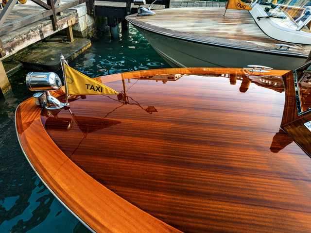 Valuations on new and vintage boats, boat trailers, jet skis and more