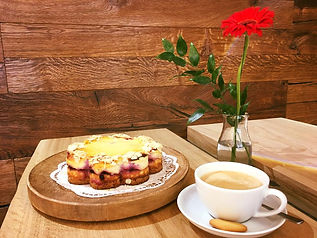Kaffee und Kuchen in der Bühlot Bäckerei