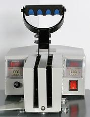 Foto con vista del Mod. T 50. Detalles de palanca y contadores de temperatura