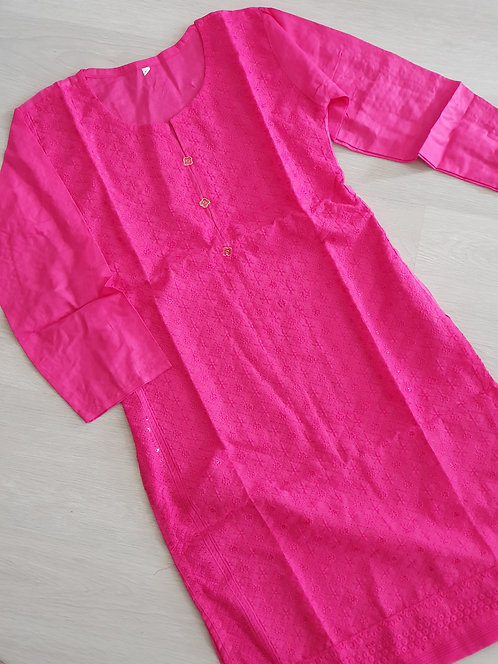 Embroidered pink kurta with sequins