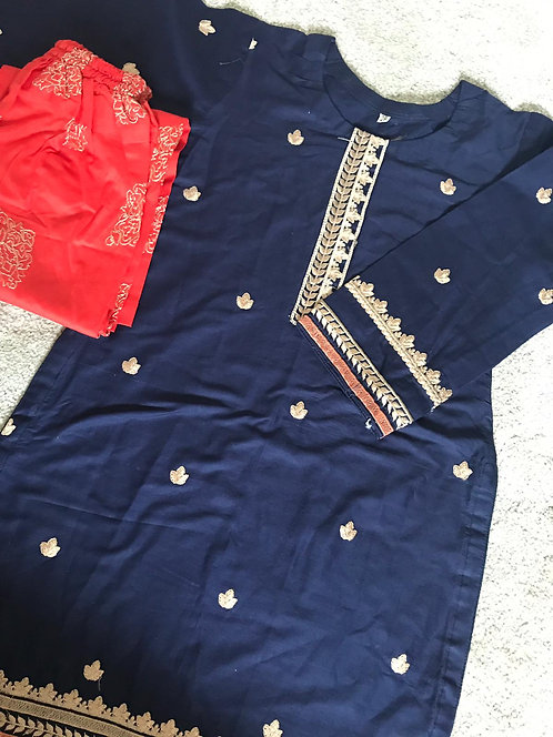 2-piece embroidered cotton suit ( size 28)