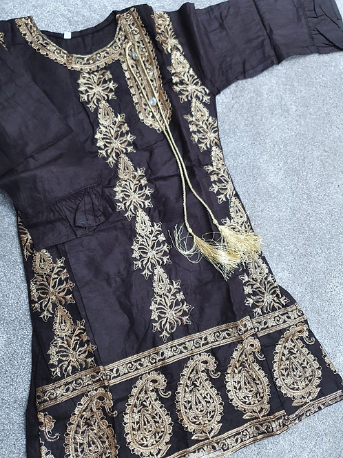 Brown embroidered kurta with tassles