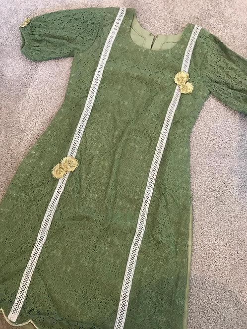 Green kurta (age 8-9 years)