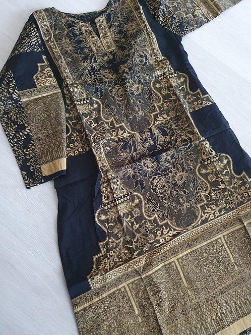 Black and gold kurta (size 34)