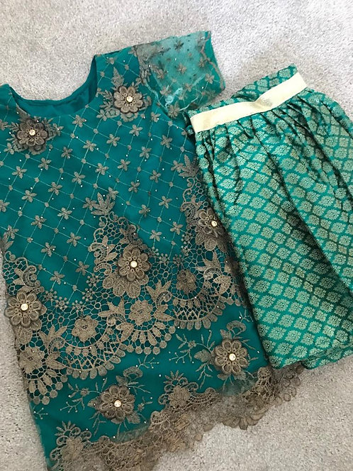 2 -piece gharara (6-7 years) and (10-11 years)