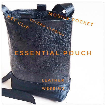 Essential pouch : leather