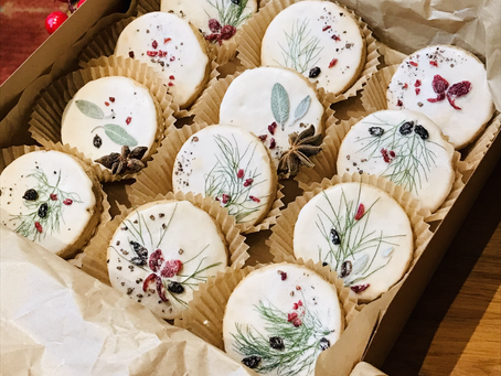 Bake Sale at the Hen: Holiday Shortbread Gift Boxes