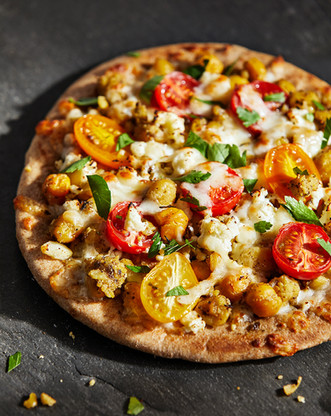 chickpea pita pizzas