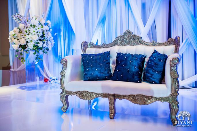 Antique Gold Vivian Chaise Lounge