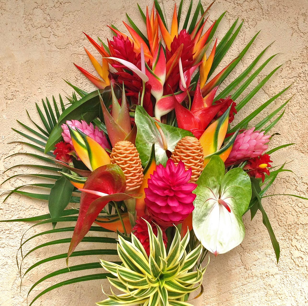 kauai-tropical-flower-arrangement
