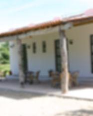 Paviljoen veranda 2.JPG