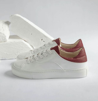 After-Surf Cuir Evo Mulberry, 140 €