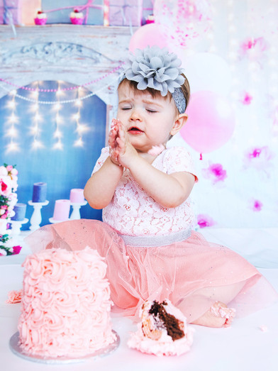 Callie_CakeSmash_PS_3.jpg