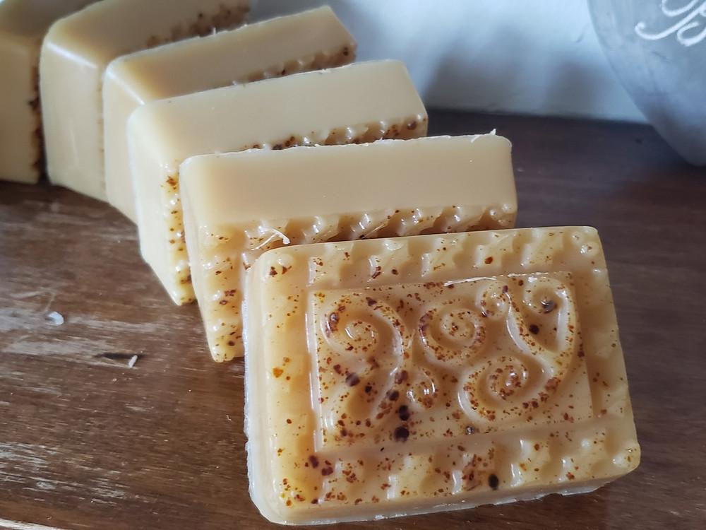 Honey soap with bee pollen