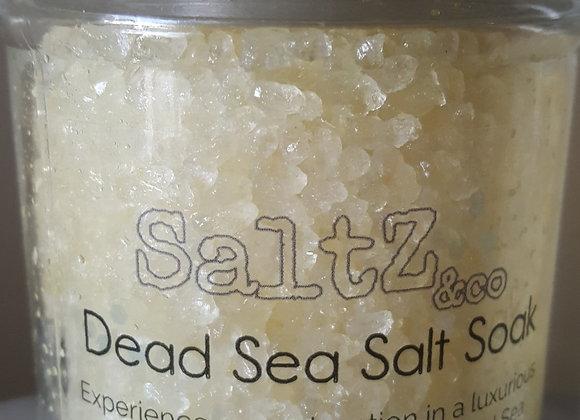 """""""Grateful"""" Dead Sea salt soak"""
