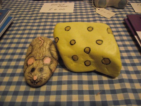 Hand Painted Rock - Mouse and Cheese