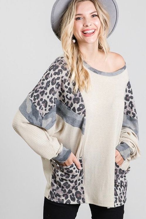 Solid Loose Fit Top with Contrast