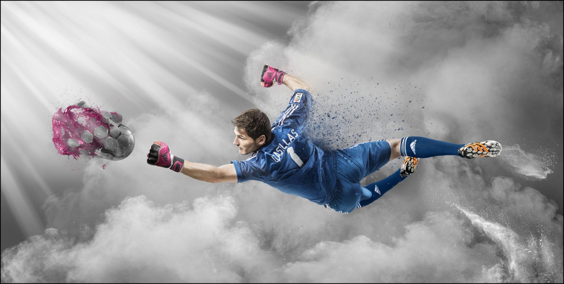 e football casillas_marconegro.jpg