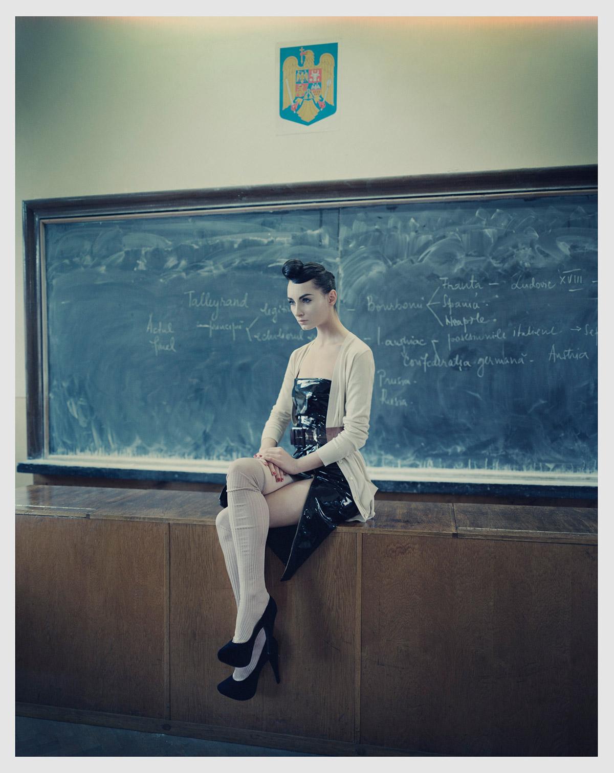 001_1_2_SCHOOL-ELLEv3.jpg