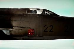 oliver-haupt-jet2_med.jpg