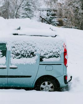 Snow_Car2.jpg