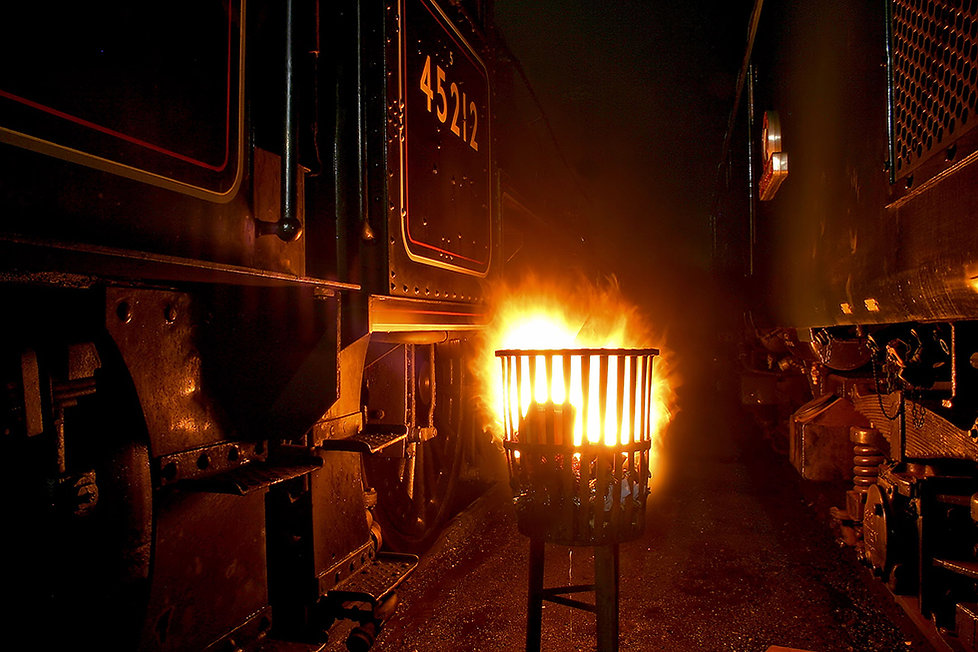 45212 and 40106 warming fire - © Rory Lushman