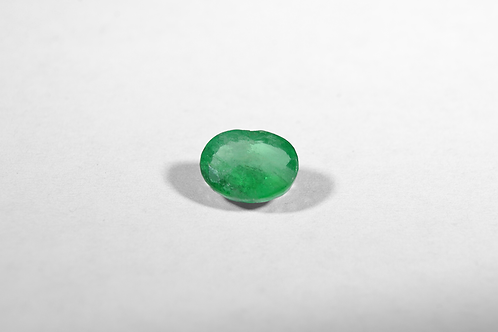 1CT Oval-Cut Emerald