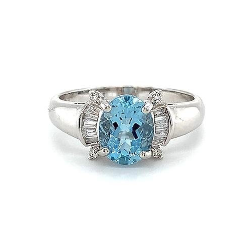 Aquamarine and Diamond Ring, in 18k White Gold